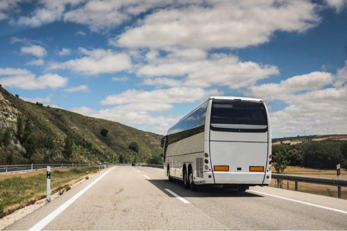 Esti din Bacau si pleci in Spania la munca Afla cum poti ajunge in cel mai scurt timp la destinatie!